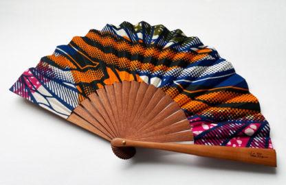 eventail-burkina-africain-tissu-wax-accessoire-de-mode