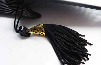 eventail-calado-noir-accessoire-de-mode-soiree