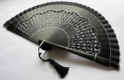 eventail-casba-noir-accessoire-de-mode-soiree