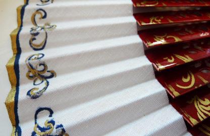 eventail-castillo-carmin-peint-main-artisanal-traditionnel