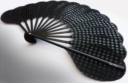 eventail-palmito-chicaro-noir-soiree-ceremonie-accessoire-de-mode