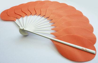 eventail-palmito-saumon-accessoire-de-mode